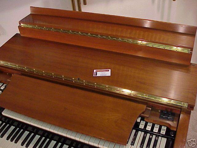 Hammond B3 1966 Fully restored with 2 122 Lesli's