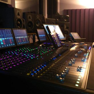 Avid S6 M40 32 channel 9 knob Demo Console!