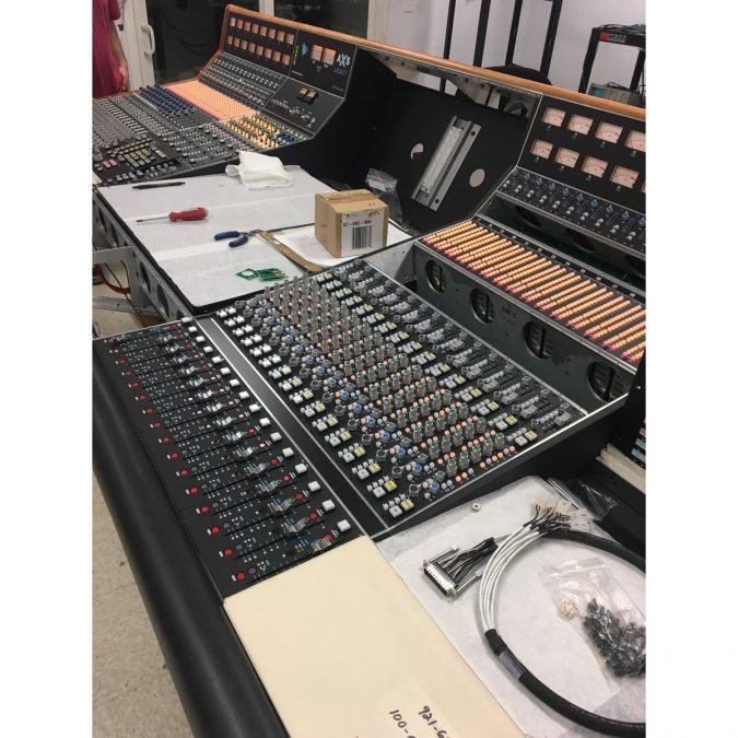 API Legacy AXS Discrete Console with DAW Center section