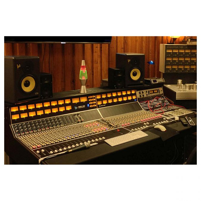 API 1608 48-Channel Recording Console (Discontinued)