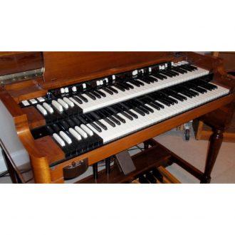Hammond B3 With Lesli (Vintage)
