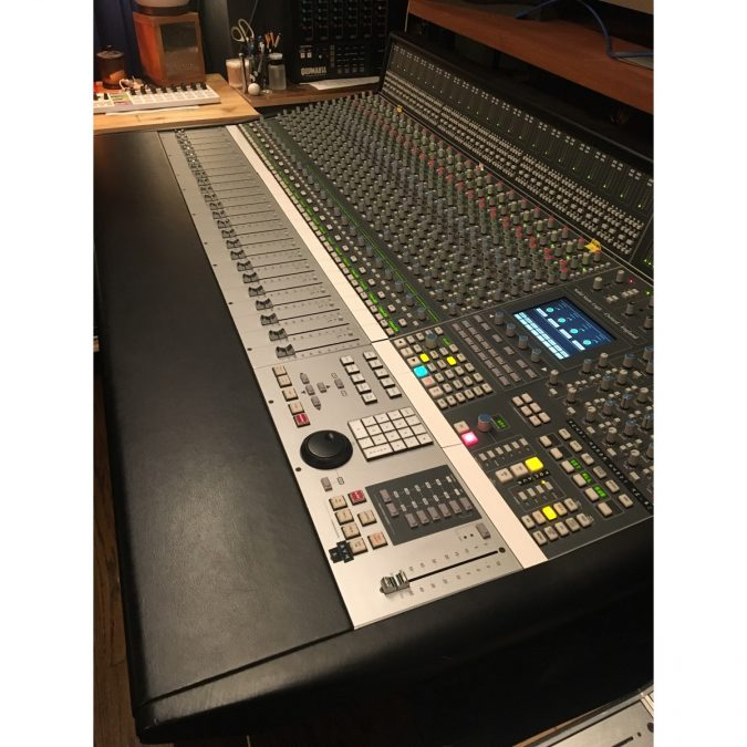 SSL AWS 900+SE (Used) Analog console with DAW Automation