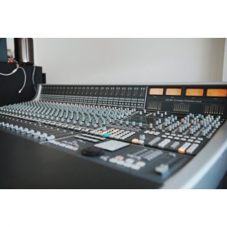 Solid State Logic AWS 900+ Delta 24-Channel 8-Bus Console with DAW Control