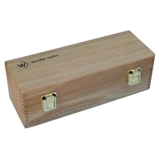 Wunder Audio CM7 Mic Plush Oak Box